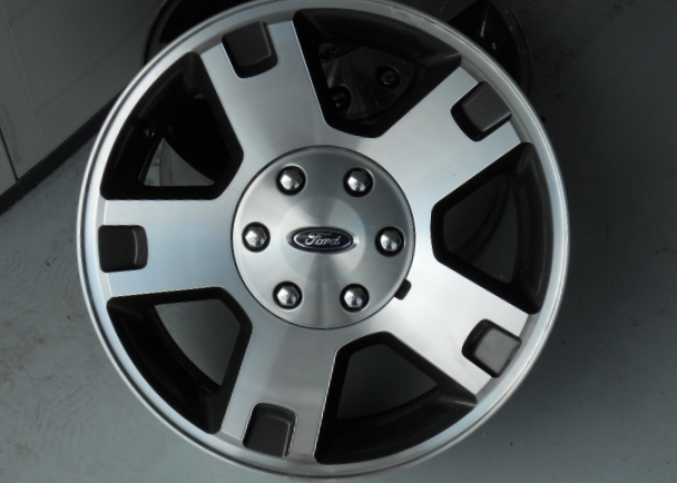 Click image for larger version  Name:Fx4wheel.jpg Views:86 Size:167.1 KB ID:66683
