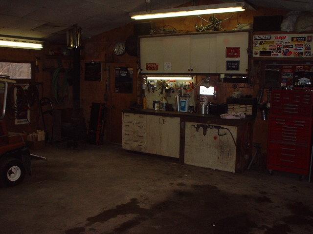 Click image for larger version  Name:Garage 002.jpg Views:206 Size:68.9 KB ID:17632