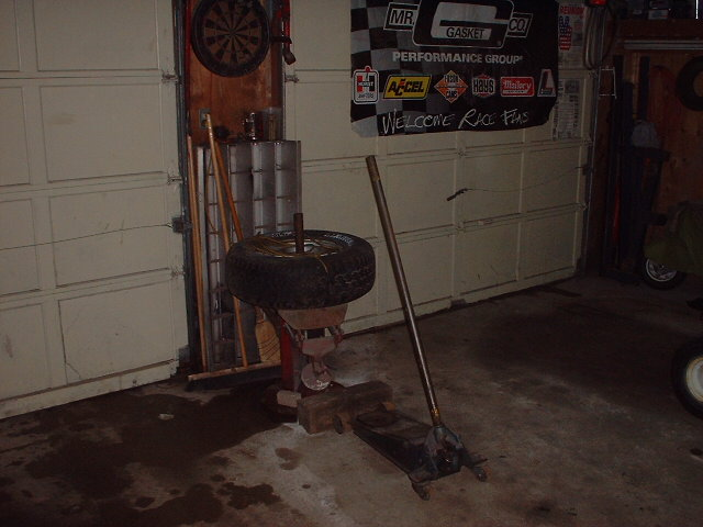 Click image for larger version  Name:Garage 004.jpg Views:203 Size:67.3 KB ID:17633