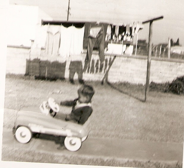 Click image for larger version  Name:Gary's first car, Christmas 1953.jpg Views:105 Size:136.4 KB ID:61713
