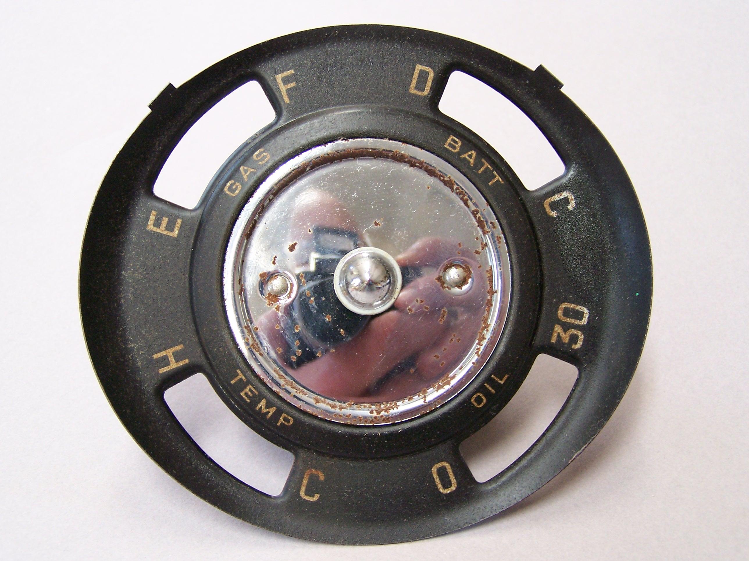 Click image for larger version  Name:gauge cluster.JPG Views:85 Size:925.5 KB ID:66445