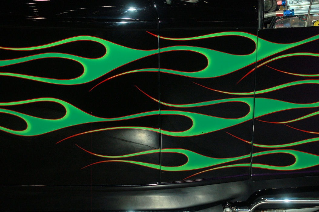 Click image for larger version  Name:got flames green.jpg Views:150 Size:145.0 KB ID:57026