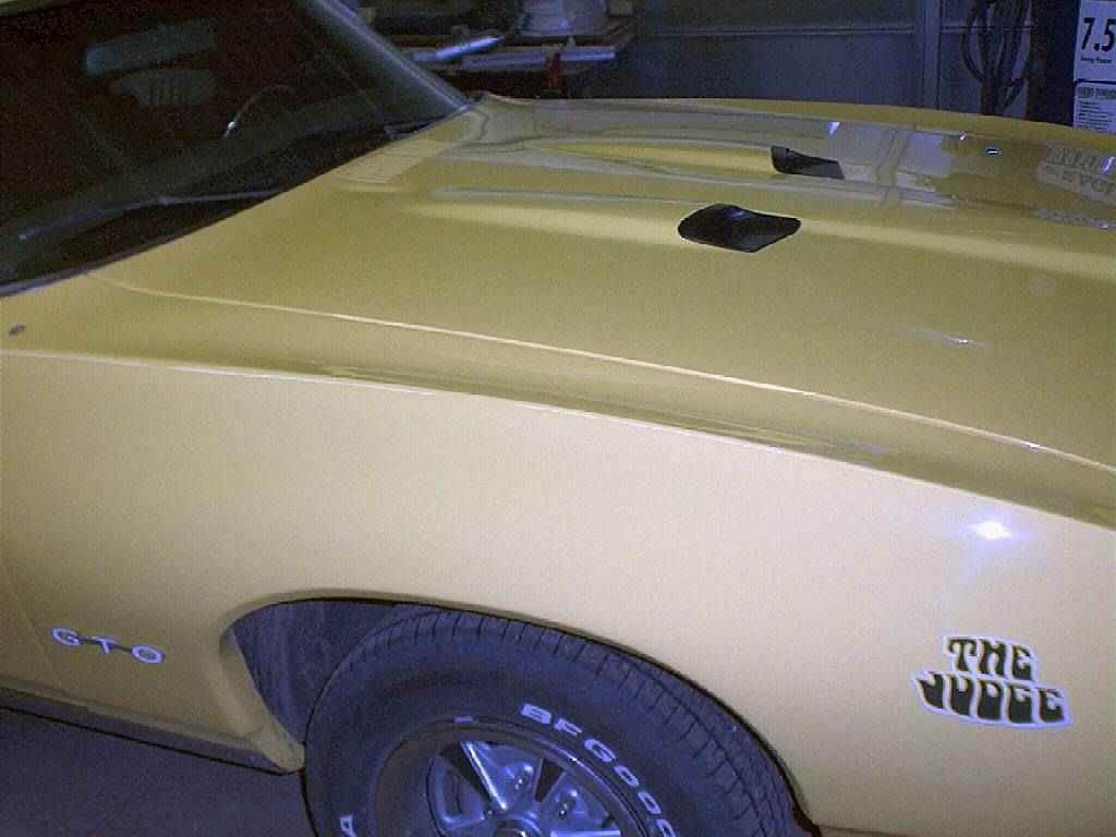 Click image for larger version  Name:gto side.JPG Views:182 Size:41.6 KB ID:12292