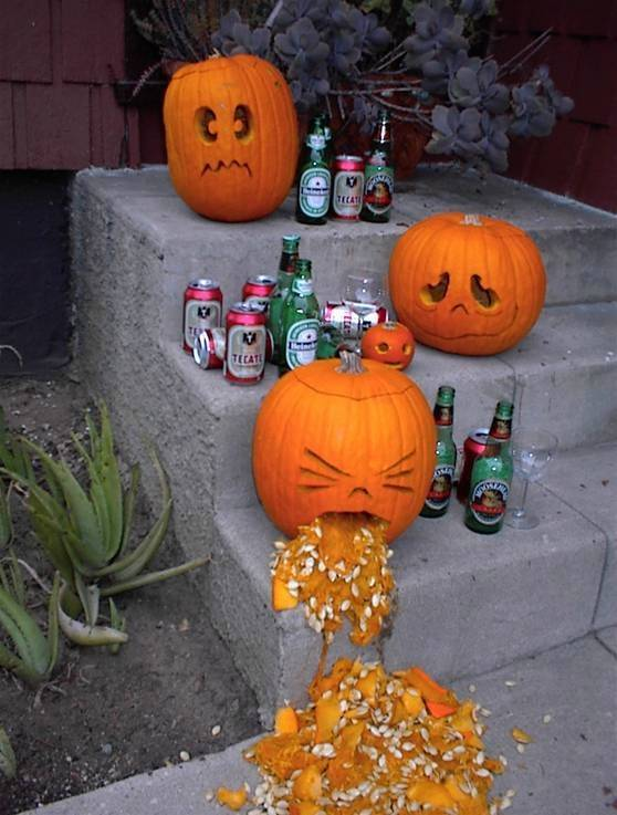 Click image for larger version  Name:Halloween.jpg Views:111 Size:60.7 KB ID:41227