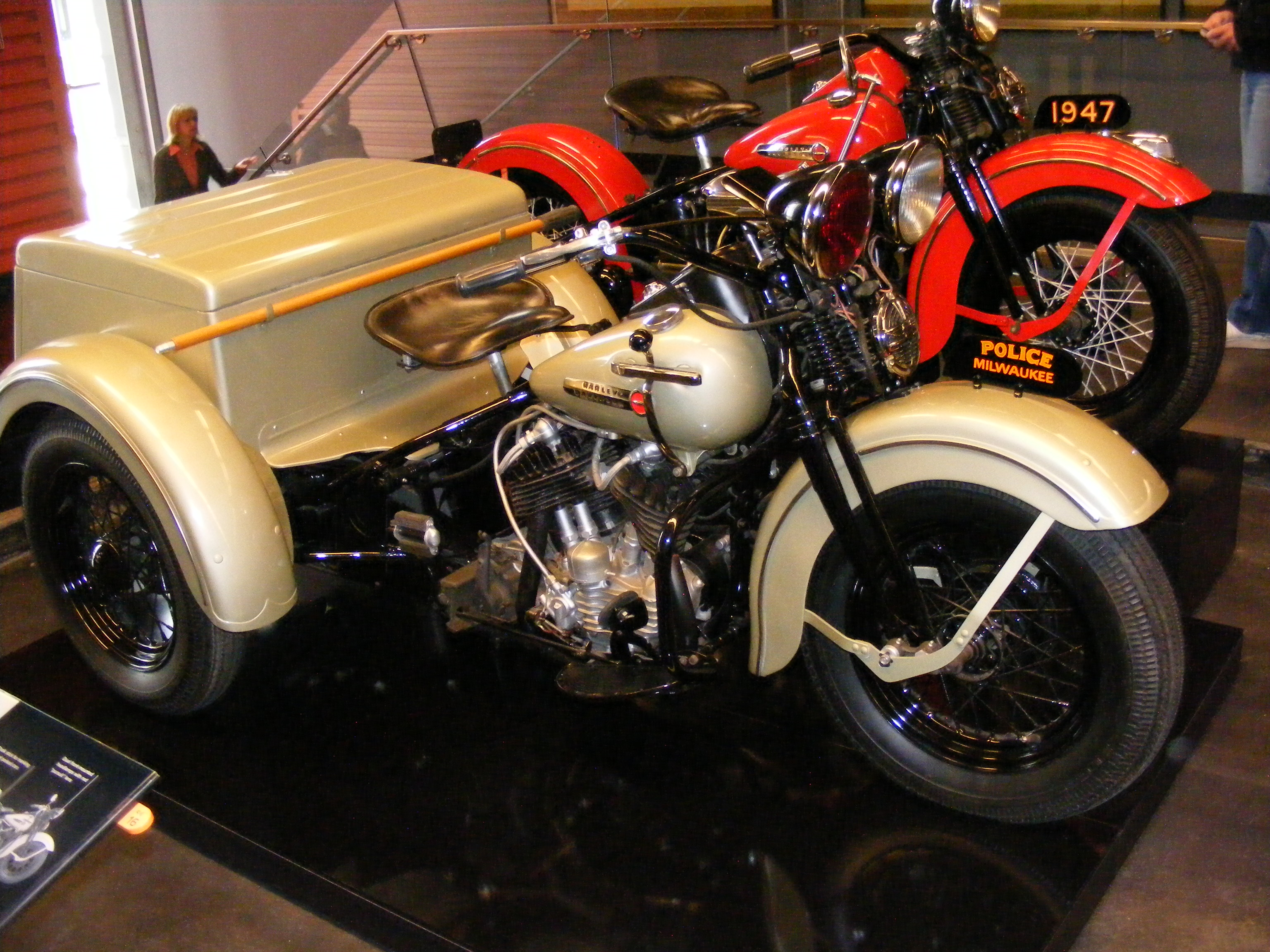 Click image for larger version  Name:Harley Musium 060.jpg Views:88 Size:1.42 MB ID:66689