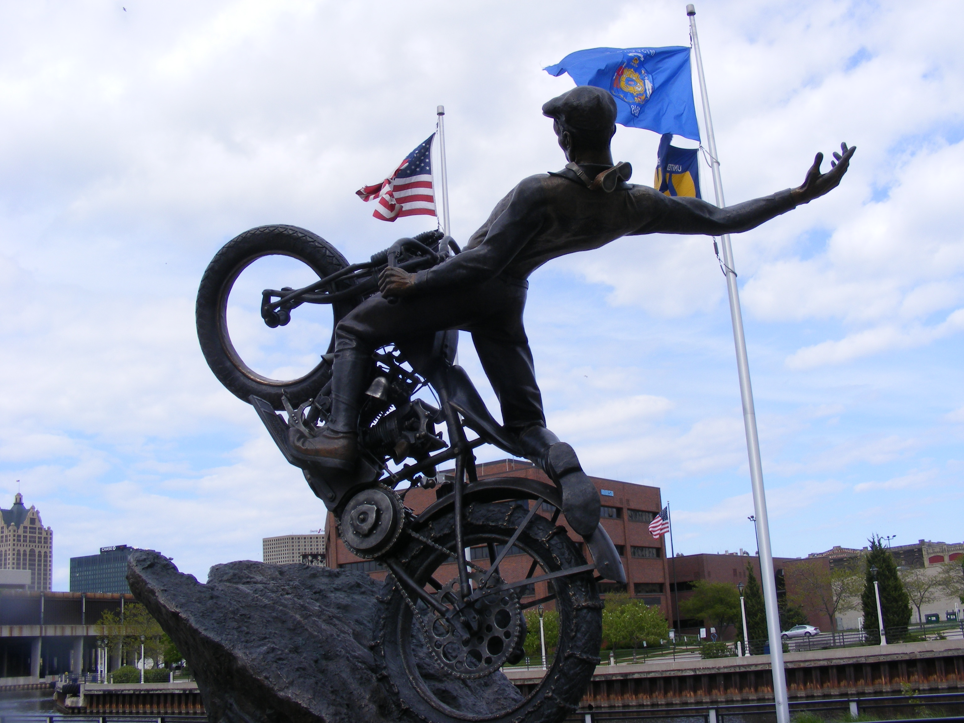 Click image for larger version  Name:Harley Musium 136.jpg Views:79 Size:1.11 MB ID:66668