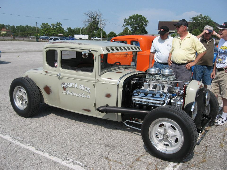 Click image for larger version  Name:hemi-now GG Columbus.jpg Views:281 Size:150.4 KB ID:70054