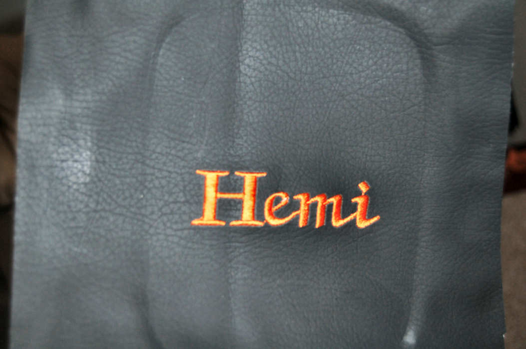 Click image for larger version  Name:hemi small.jpg Views:136 Size:63.3 KB ID:30959