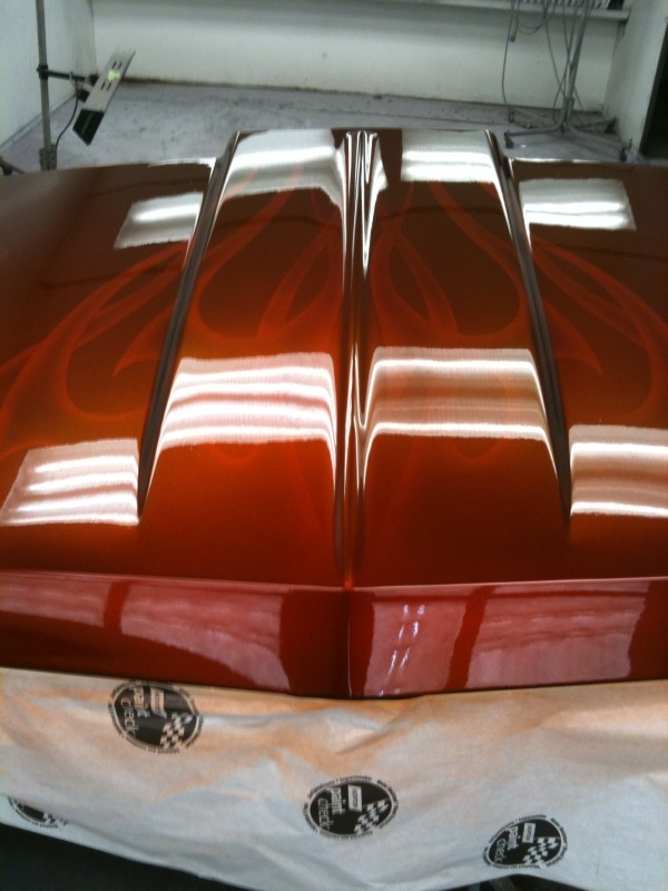 Click image for larger version  Name:hood before polishing.jpg Views:333 Size:105.9 KB ID:92713