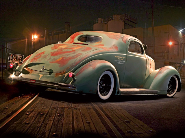 Click image for larger version  Name:hrdp_0704_rat_02_z+1937_ford_rat_rod+patina+rear_view.jpg Views:10262 Size:70.3 KB ID:32572