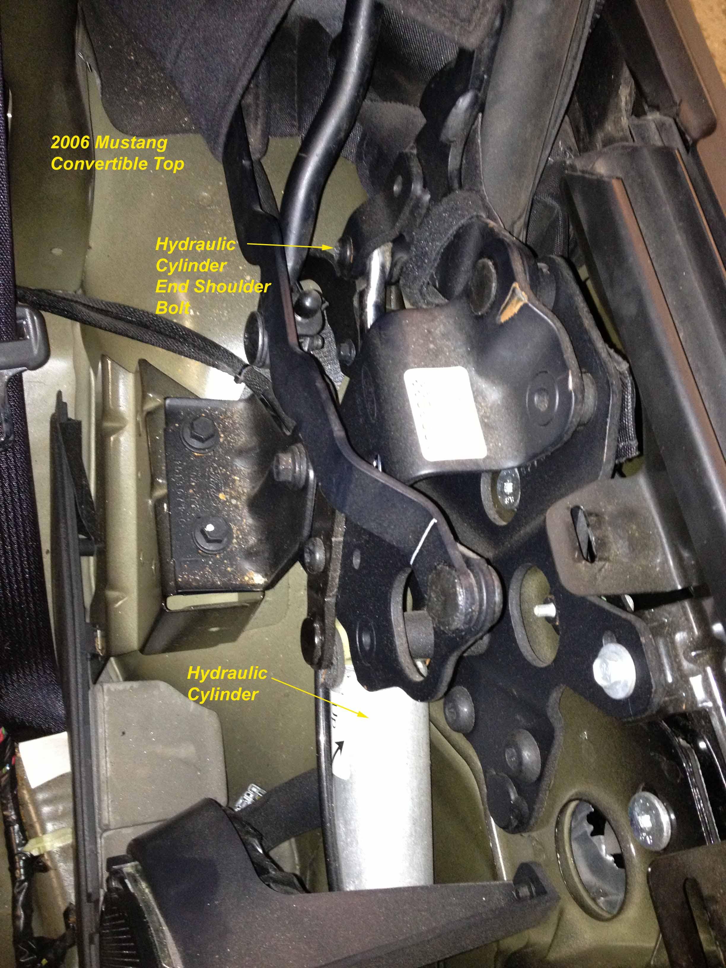 Click image for larger version  Name:Hydraulic Cylinder Shoulder Bolt.jpg Views:308 Size:475.4 KB ID:79498