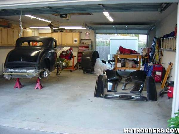 Click image for larger version  Name:in garage.jpg Views:65 Size:43.8 KB ID:5950