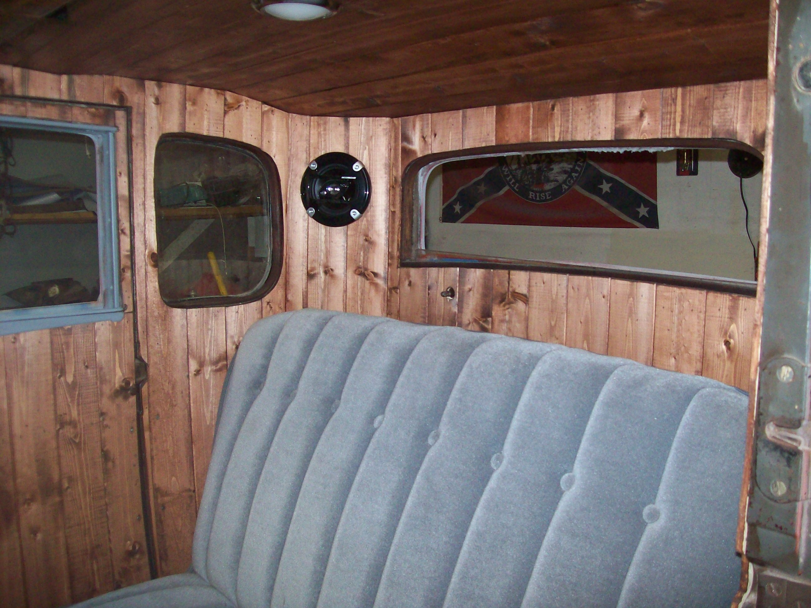 Click image for larger version  Name:interior pics 001.JPG Views:73 Size:702.2 KB ID:90593
