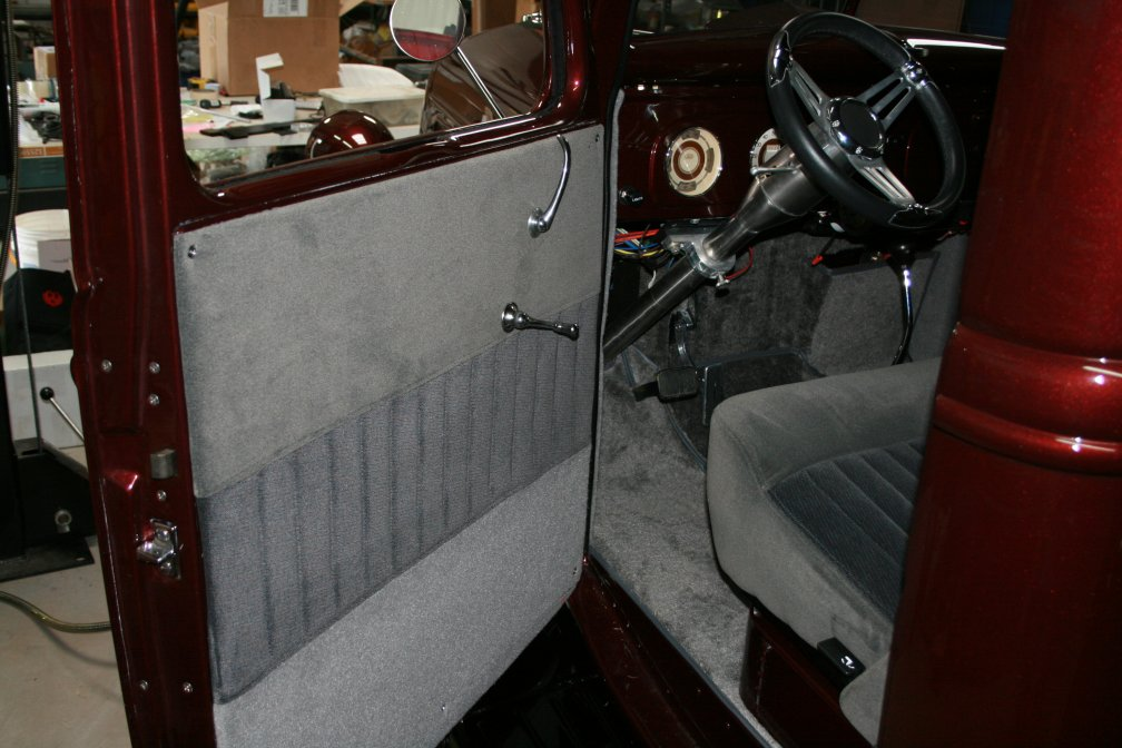 Click image for larger version  Name:Interior5.JPG Views:98 Size:112.5 KB ID:67407