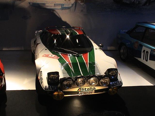 Click image for larger version  Name:Lancia_Stratos.jpg Views:135 Size:172.7 KB ID:10094