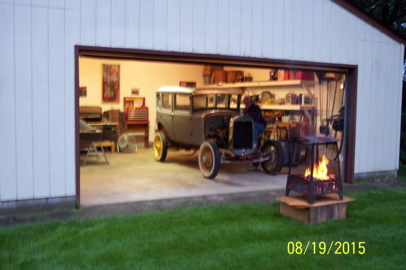 Click image for larger version  Name:model a 2 014.jpg Views:57 Size:49.1 KB ID:342514