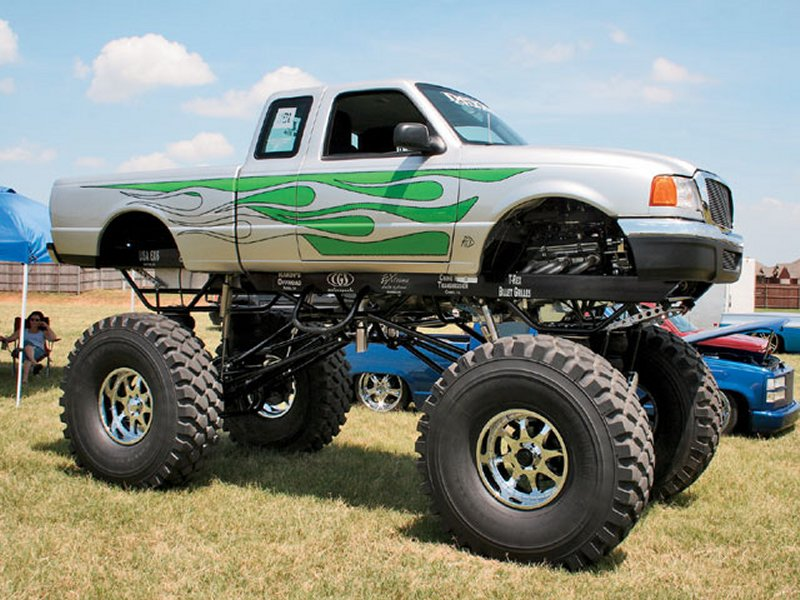 Click image for larger version  Name:monster truck.jpg.jpg Views:82 Size:112.8 KB ID:58832