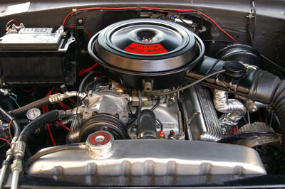Click image for larger version  Name:motorraum.jpg Views:177 Size:34.2 KB ID:25082