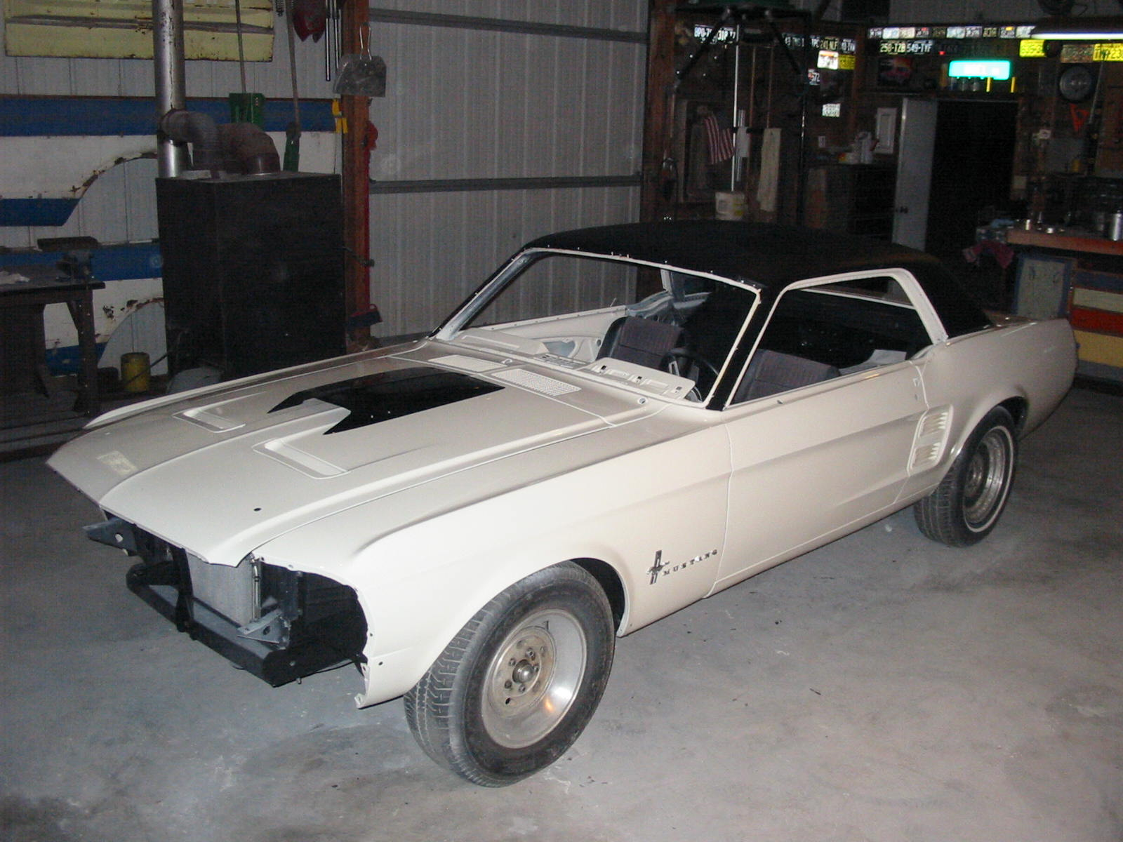Click image for larger version  Name:Mustang 67 101101 20.JPG Views:159 Size:224.7 KB ID:49632