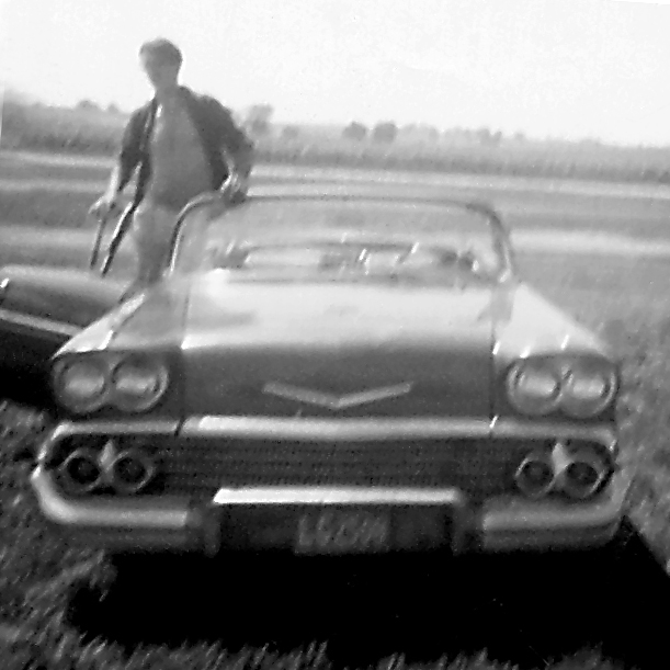 Click image for larger version  Name:my 58 chevy '64 12.30.05.jpg Views:141 Size:163.8 KB ID:12070