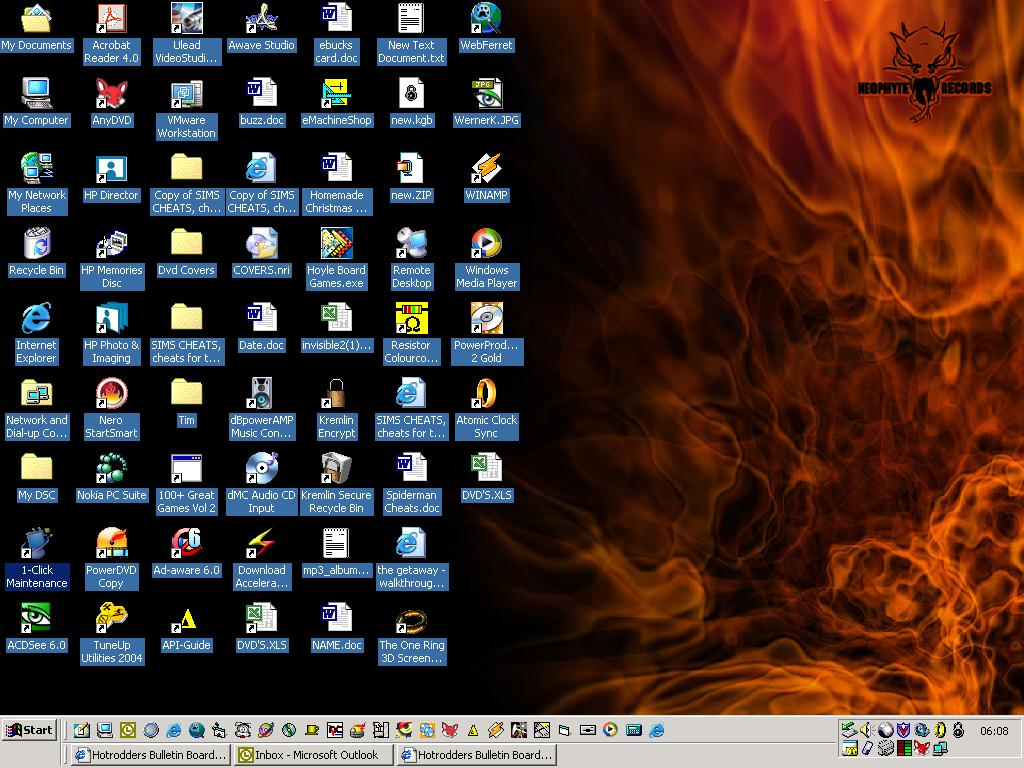 Click image for larger version  Name:my cluttered desktop.jpg Views:119 Size:145.2 KB ID:4454