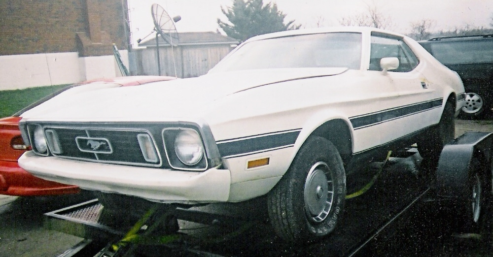 Click image for larger version  Name:my mustang.jpg Views:677 Size:248.1 KB ID:3612