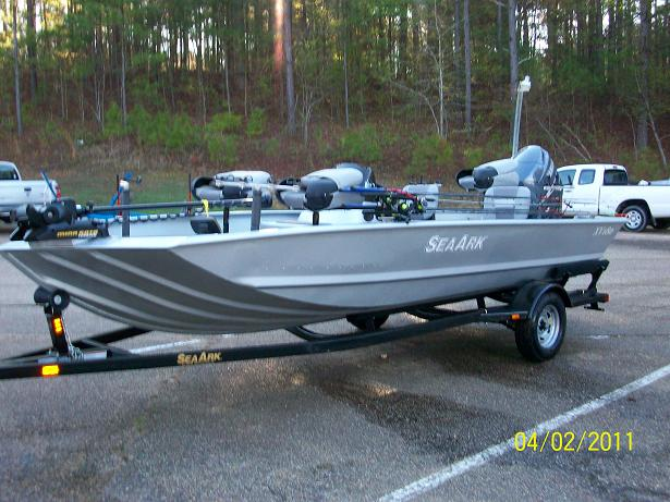 Click image for larger version  Name:New boat 001.JPG Views:105 Size:127.6 KB ID:59186