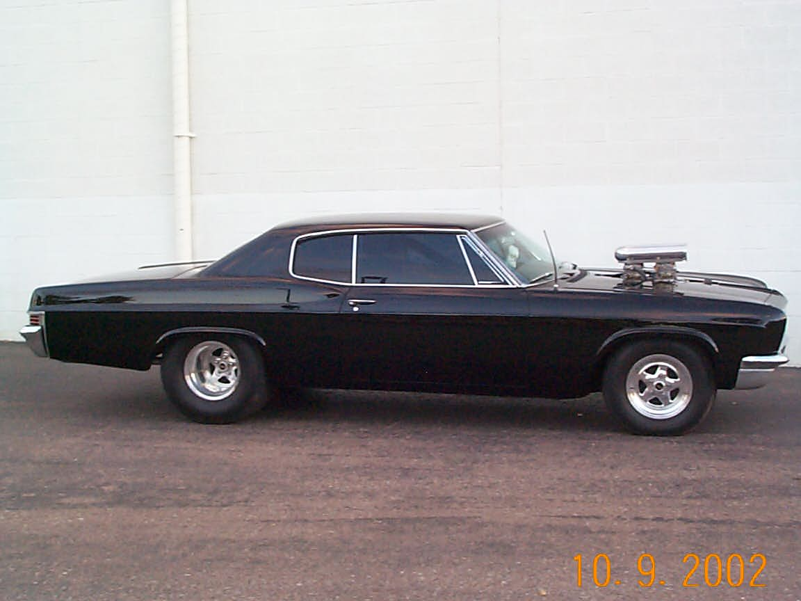Click image for larger version  Name:Pictures of my 66 caprice 006.jpg Views:95 Size:82.5 KB ID:44131