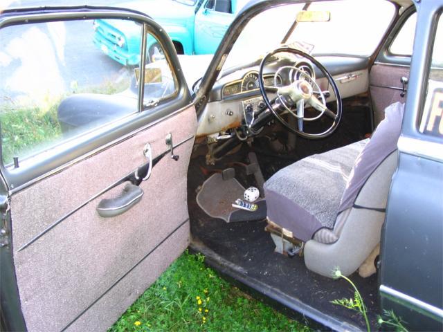 Click image for larger version  Name:Pontiac5 7-20-05.jpg Views:114 Size:56.4 KB ID:5929