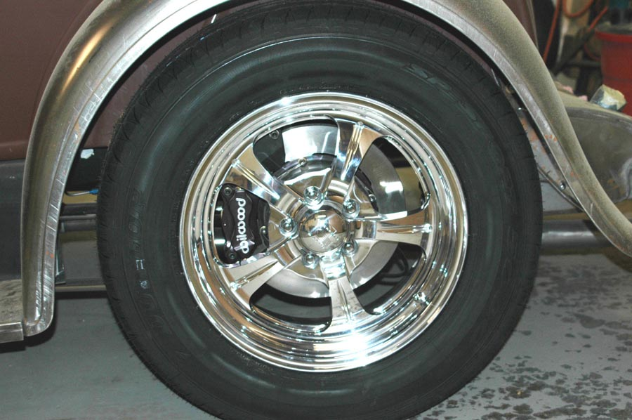 Click image for larger version  Name:Rear brakes.jpg Views:93 Size:127.0 KB ID:13333