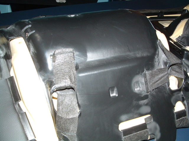 Click image for larger version  Name:rear seat2.JPG Views:171 Size:120.5 KB ID:36338