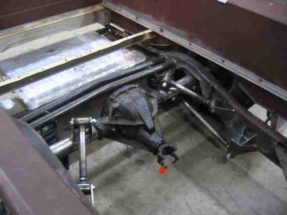 Click image for larger version  Name:rear suspension and tank.jpg Views:1539 Size:18.5 KB ID:28016