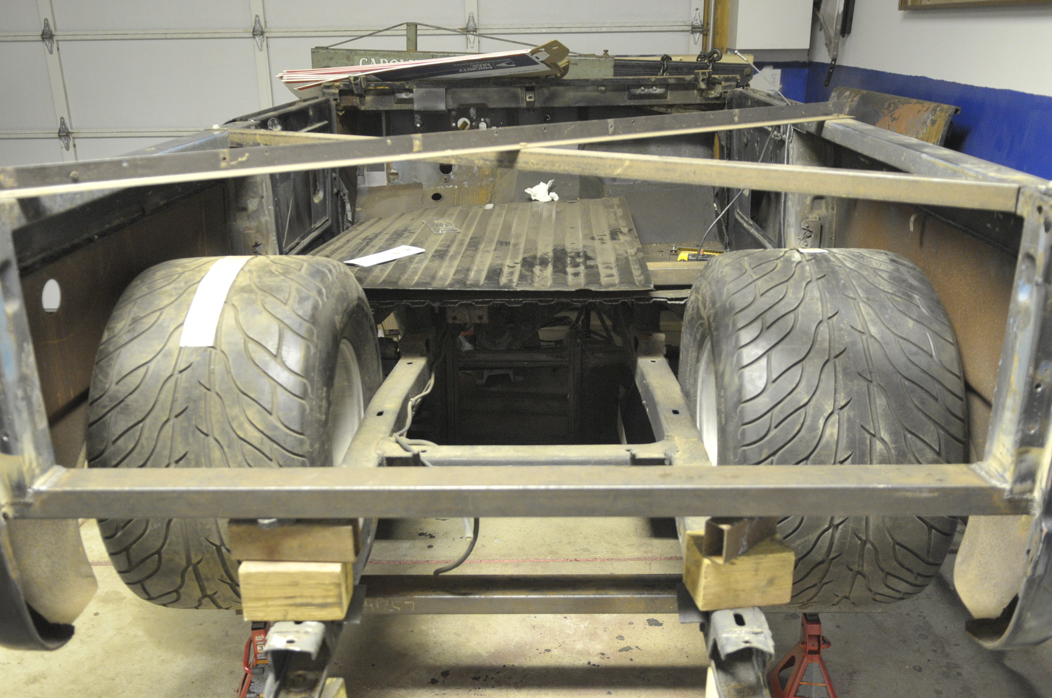 Click image for larger version  Name:rear tires_2.JPG Views:120 Size:602.4 KB ID:53132