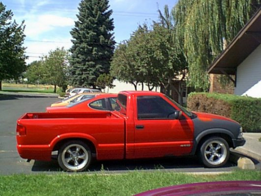 Click image for larger version  Name:s10truck.jpg Views:110 Size:54.9 KB ID:195