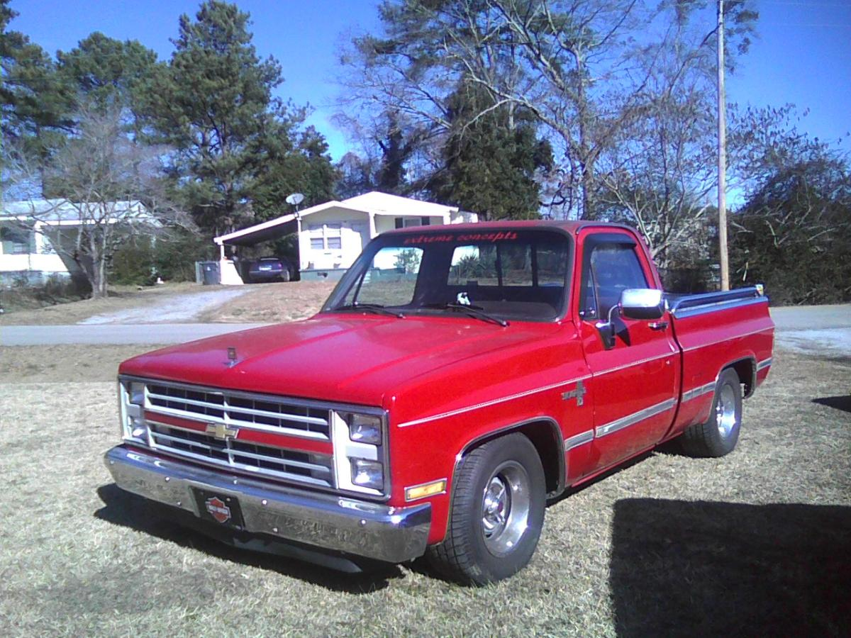 Click image for larger version  Name:scotts truck.jpg Views:155 Size:216.0 KB ID:51874