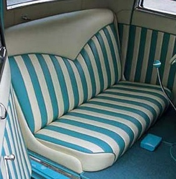Click image for larger version  Name:Seat blue white pleated 2.jpg Views:260 Size:99.6 KB ID:52802