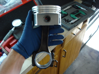 Click image for larger version  Name:Speed-Pro Piston.jpg Views:139 Size:53.5 KB ID:30357