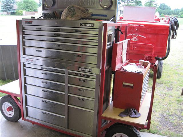 Click image for larger version  Name:tool cart.jpg Views:2593 Size:86.5 KB ID:46580