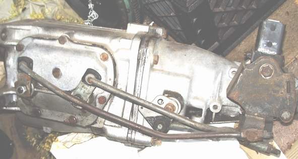 Click image for larger version  Name:tranny linkage 004.jpg Views:409 Size:177.7 KB ID:43784
