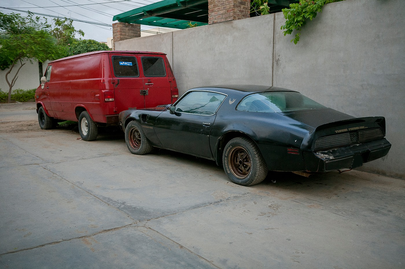 Click image for larger version  Name:Trans Am Van.jpg Views:170 Size:385.9 KB ID:143930