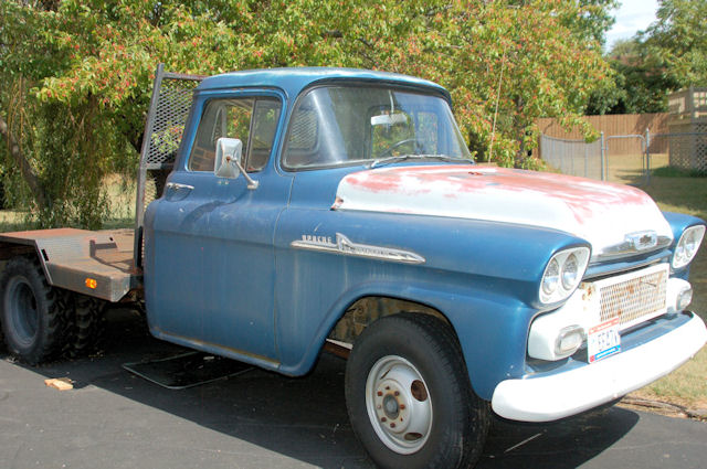 Click image for larger version  Name:truck before small.jpg Views:127 Size:87.5 KB ID:51754