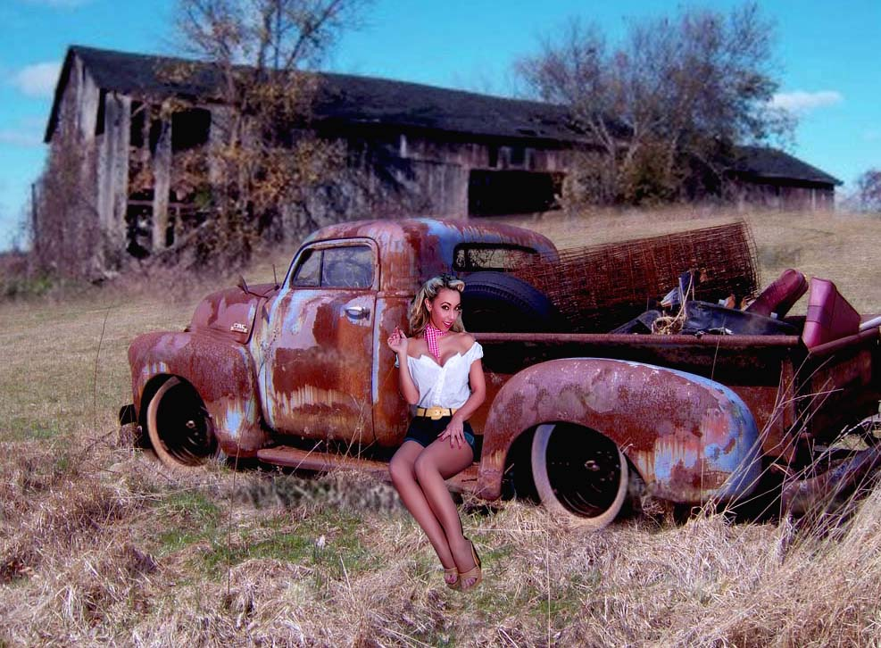 Click image for larger version  Name:truck in field Mikes copy.jpg Views:409 Size:150.6 KB ID:40135