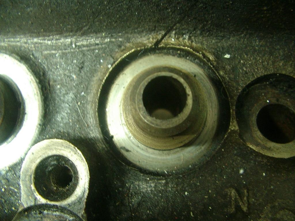 Click image for larger version  Name:v8 valve guide 005.jpg Views:266 Size:161.3 KB ID:51263
