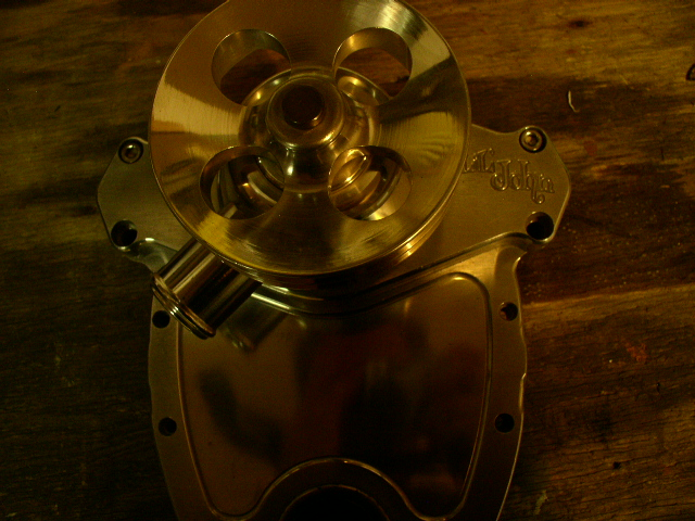 Click image for larger version  Name:water pump 001.jpg Views:76 Size:215.8 KB ID:7792