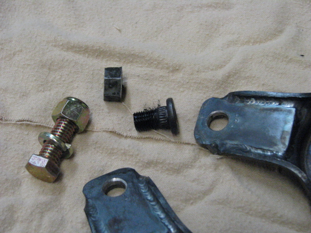 Click image for larger version  Name:welded mnt and bolt.JPG Views:94 Size:193.1 KB ID:66443