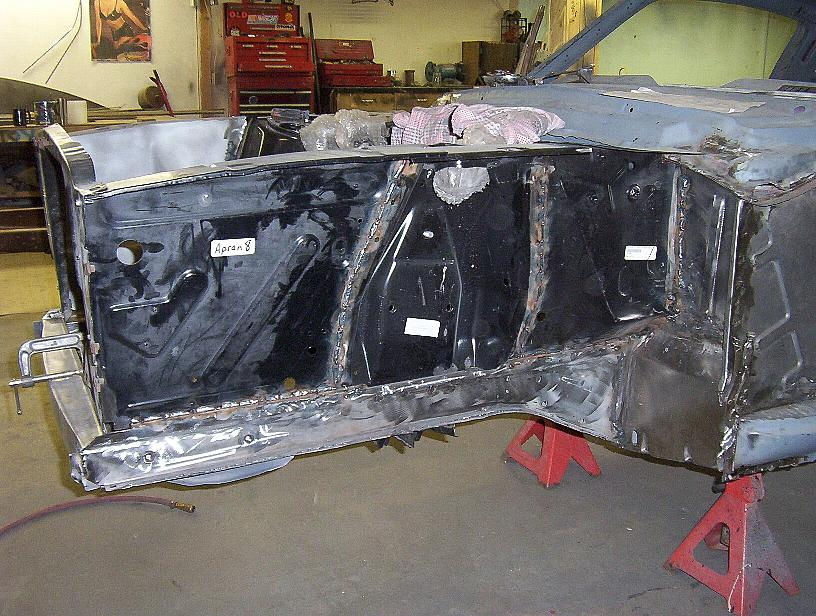 Click image for larger version  Name:welding-mustang-together03.JPG Views:134 Size:128.7 KB ID:8018