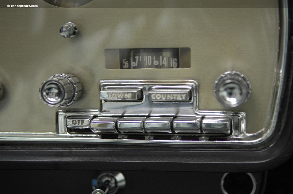 Click image for larger version  Name:what car is this radio from.jpg Views:143 Size:145.1 KB ID:68014