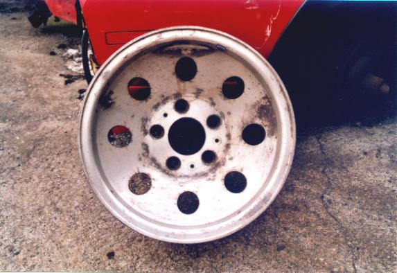 Click image for larger version  Name:wheels_old.jpg Views:232 Size:42.6 KB ID:1949