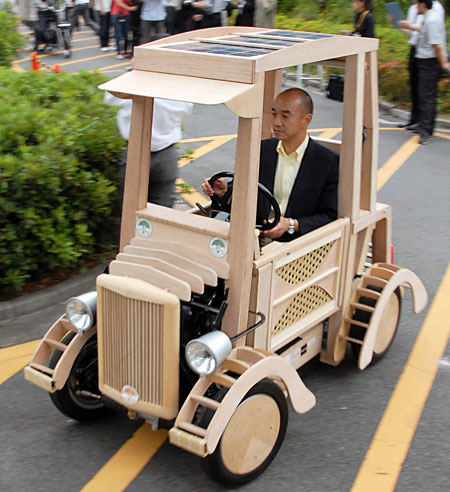 Click image for larger version  Name:wood car.jpg Views:920 Size:94.0 KB ID:75557