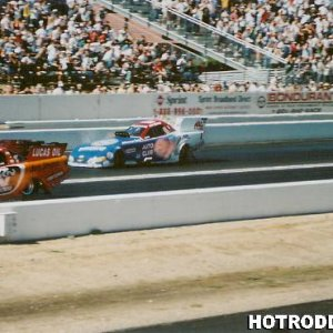 Funny Car Action